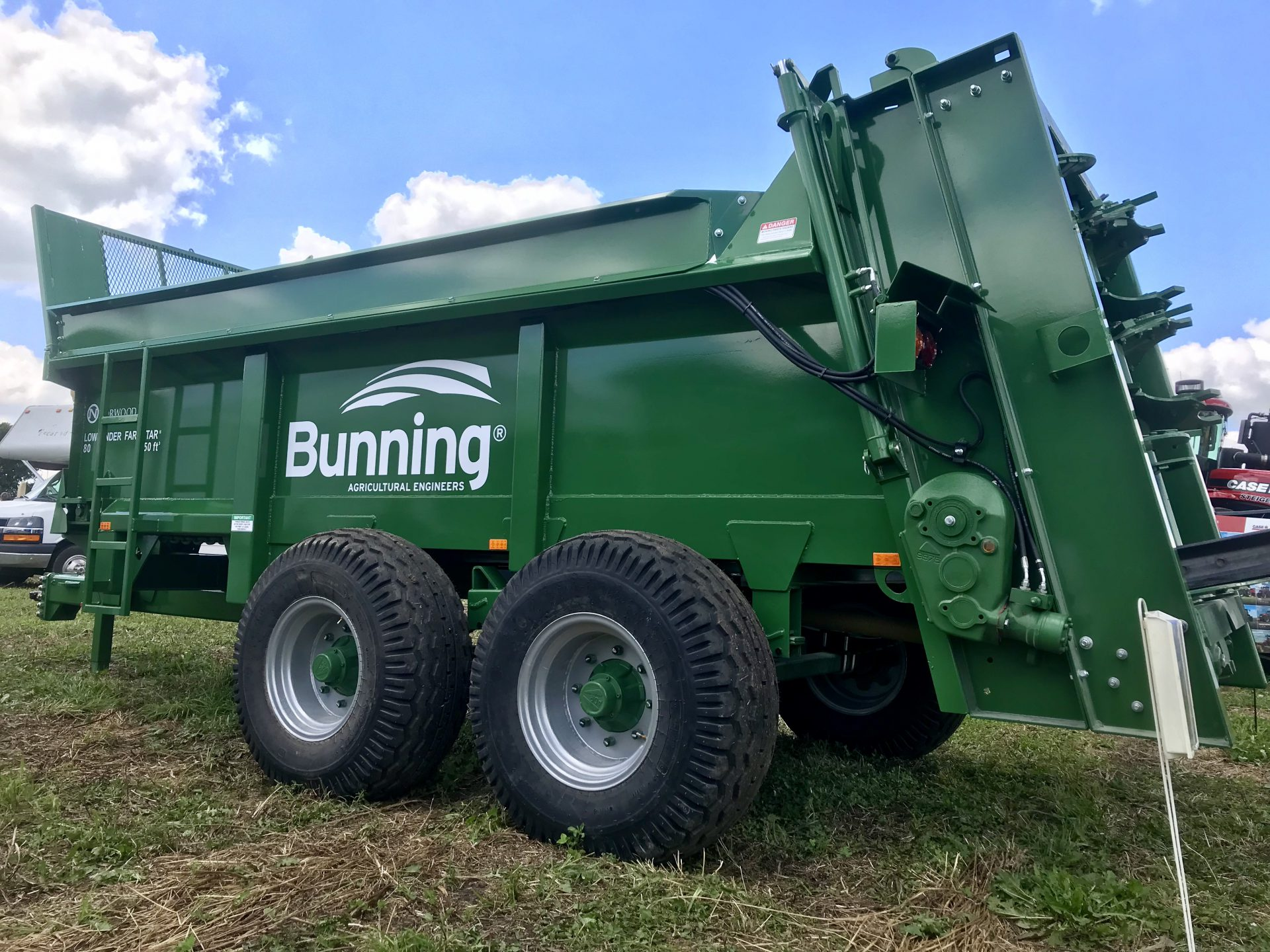 "Farmstar 80 TVA tandem with slurry door, 9.45"" extensions, lift off augers, sprung axles and 15/70 R18 wheels"